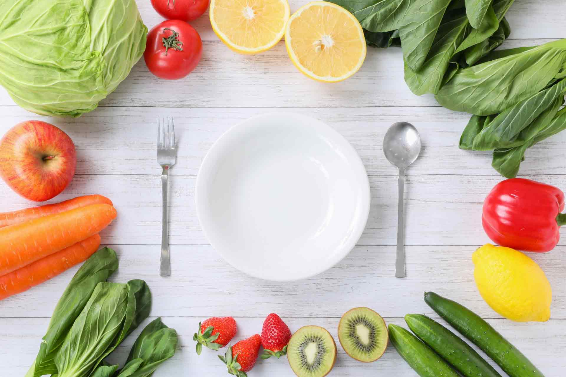野菜と食器