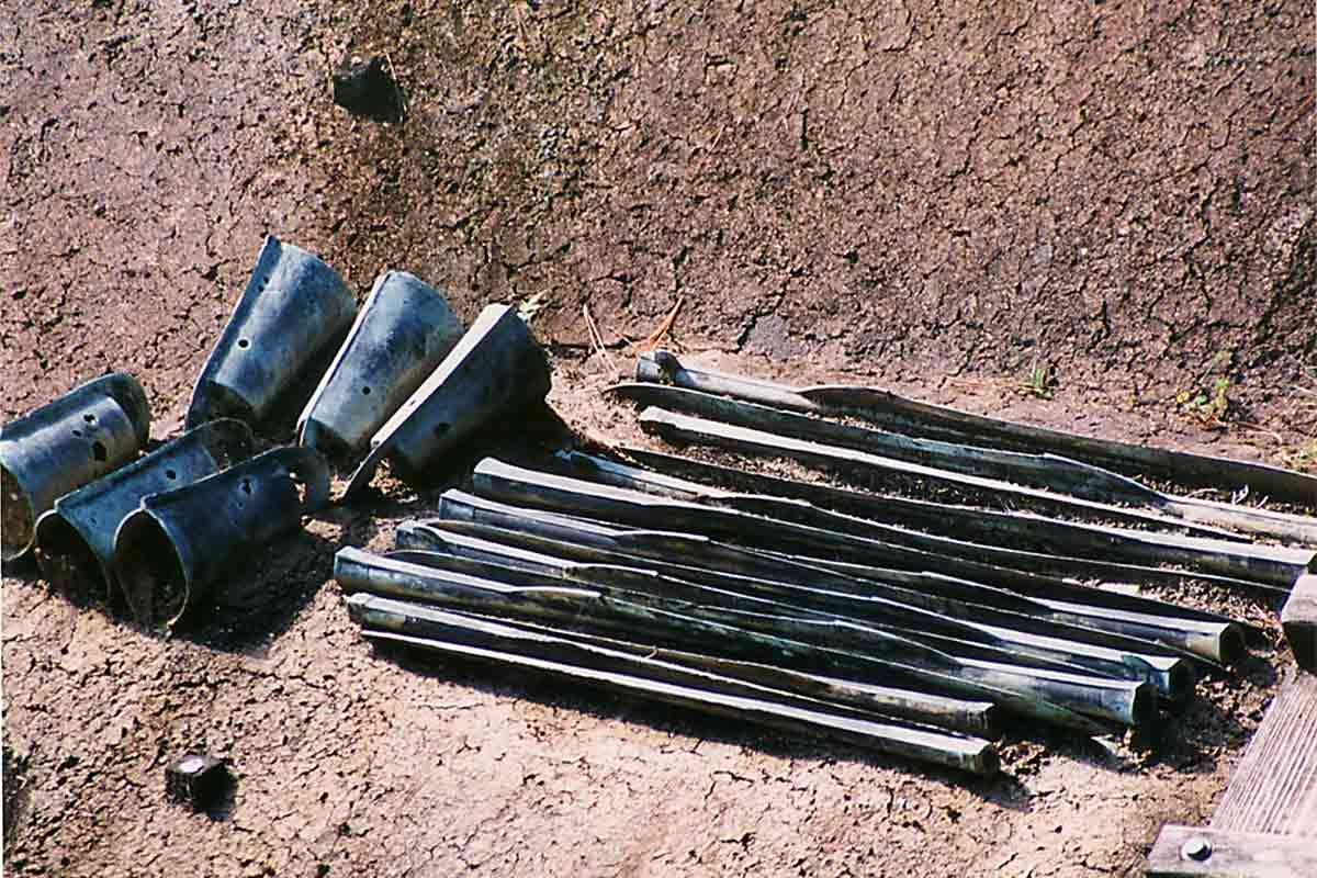 銅鐸と銅矛