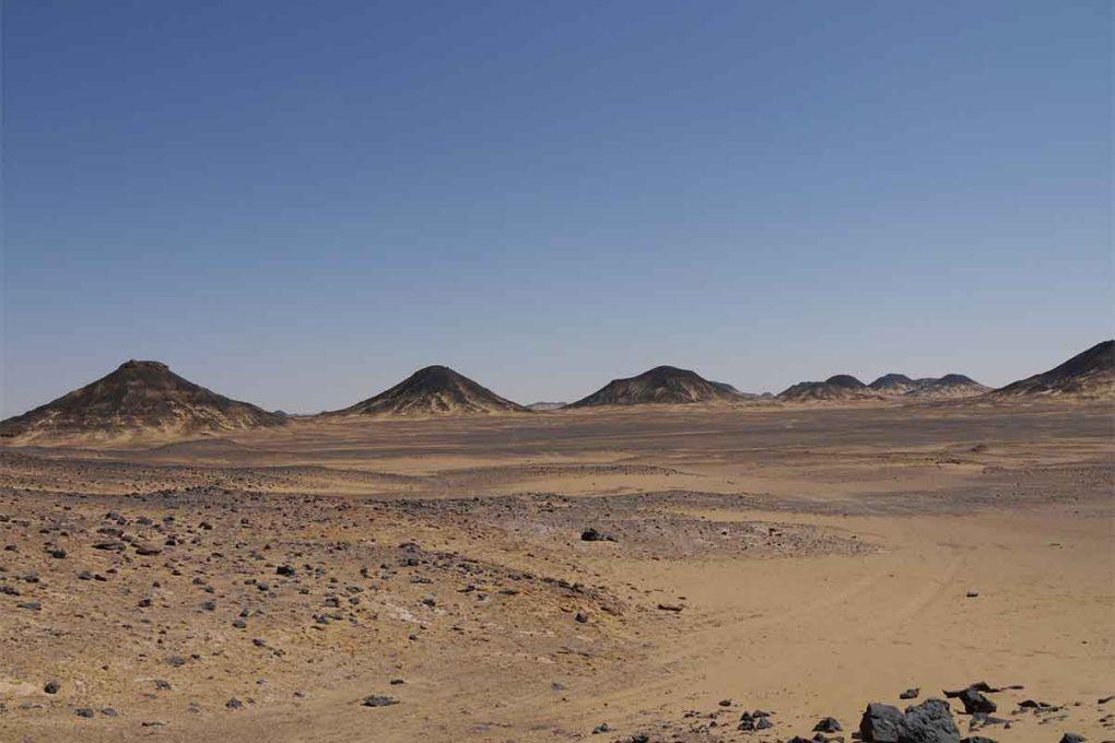 黒砂漠(礫砂漠)