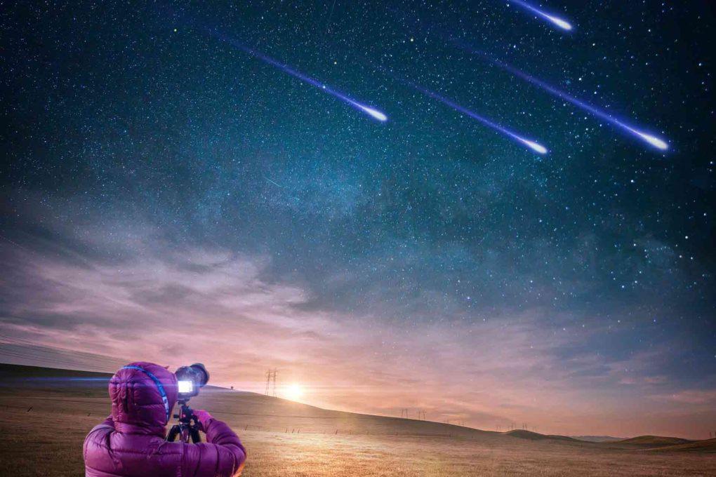 流星を観測する人
